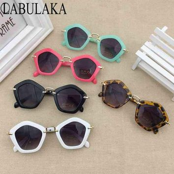 LABULAKA 2017 Brand Trendy Kids Sunglasses Polygon Children Boys Girls Sun Glasses Sun Shades Baby Glasses Eyeglasses Goggles