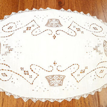 Vintage Oval Doily Placemat Filet Lace Embroidery White