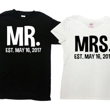 Mr and mrs newlywed t shirts! Celebrate your wedding day with these personalized just married t shirts customized with your date! Zv7Mq56