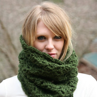 Chunky Cowl Scarf Neck Warmer- Green Forest