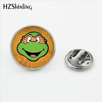 2017 New Ninja Turtle Stainless Steel Lapel Pin Glass Collar Tips Pins Silver Metal Collar Tips Men Anime Picture Jewelry