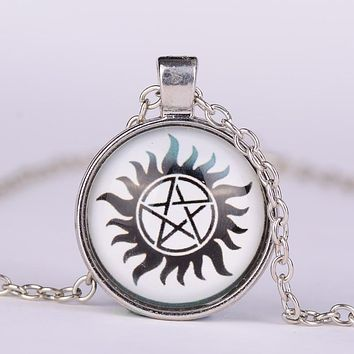 Hot Movies Jewelry Supernatural Dean Pentacle Glass Pendant Necklace Men's Sun Star Fashion Winchester Glass Movie Bijoux