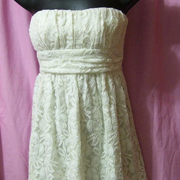 Strapless Dress, Off White Lace, Fully Lined, Size M Medium, By XXI,, Party, Resort Cruise Wear