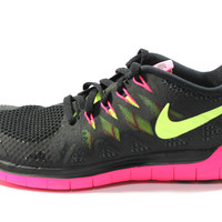 Nike Women's Free 5.0 2014 Black/Pink Running Shoes 642199 002