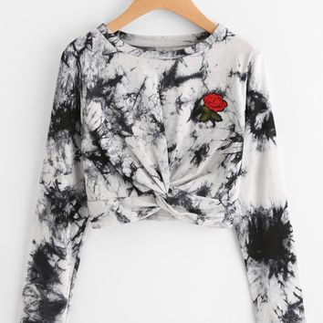 New round neck long sleeve printed blouse with embroidered rose embroidery