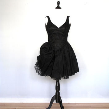 Black Swan- Vintage Dress- sequin-lace Gown- prom- small- formal- jr 13/14