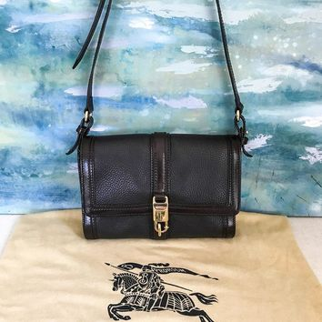 $1090 BURBERRY Brown Leather Flap Crossbody Bag Women's Purse Gold Clip SALE!