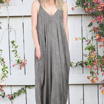 Elan: Oversized U-Hem Maxi Dress {Charcoal}