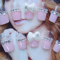 Simple glamorous glitter 3D gyaru kawaii nails for simple life. More styles.
