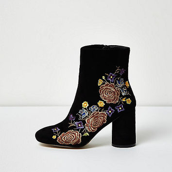 Black embroidered floral ankle boots - boots - shoes / boots - women
