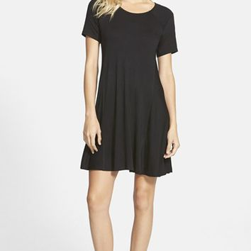 Junior Women's Lush Paneled Shift Dress,