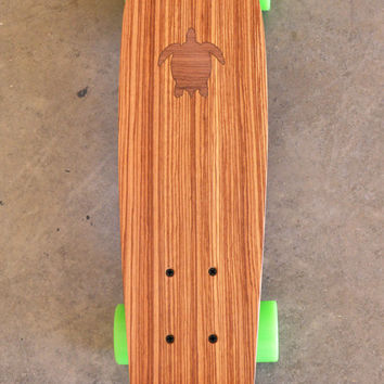 "22 inch Mini Penny kicktail Skateboard ""Turtle Bay"" with inlay, complete"