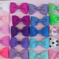 Lot of 20 Bow Tie Hair Bows