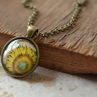 Sunflower Necklace, Sunflower Pendant, Sunflower Jewelry, Sunflower Charm (1291)