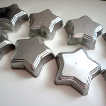 Vintage STAR baking molds or cake molds, cookie molds, jello or ice molds 8 Stars