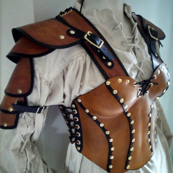 Women's leather armor with shoulder pauldrons