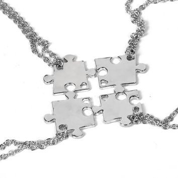 New 4pcs/set Necklace Set For FAmily Interlocking Jigsaw Puzzle Pendant Necklace Friendship Jewelry BFF Necklaces Best Friends