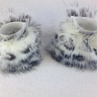 White Furry CUFFS wrist warmer Fluffies cyber UV cosplay fursuit anime rave boot costume goth 3151