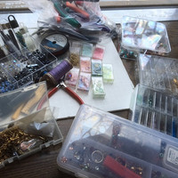 Vintage Beads Crafting & Jewelry Making Tools Findings Swarovski Crystal DIY Lot