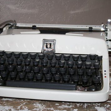 Underwood Typewriter Universal Quiet Tab by shoppnspree on Etsy