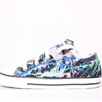 Toddler Black Low Top Splatter Painted Converse Sneakers Toddler Size 10, Balloons Col