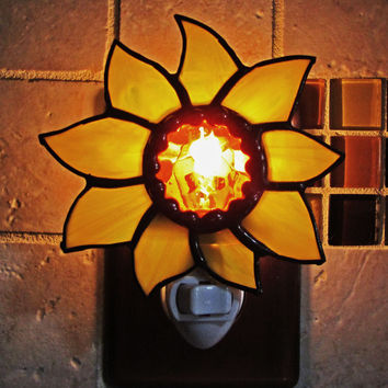 Stained Glass Night Light ~ Yellow  Sun Flower ~Yellow Flower