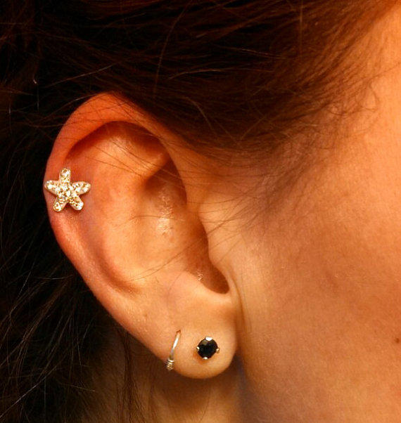 Tiny crystal starfish 316l surgical steel from midnights mojo for Piercing orecchio dilatatore