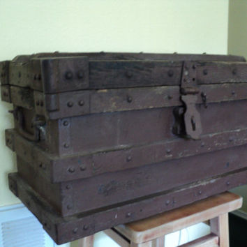 Antique Chest Railroad Trunk Antique Safe Lock Box 1910 Payroll and Gold Boullion Chest Tool Box Stagecoach Chest