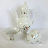 Royal Doulton Avignon Coffeepot Teapot Teacups