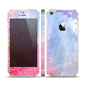 The Pink to Blue Faded Color Floral Skin Set for the Apple iPhone 5s