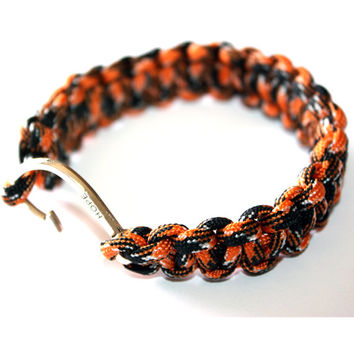 Survival Bracelet - For him, Camuglage Orange and Black, gift ideas, paracord, man gift ideas, teen, boyfriend, friend, brother, parachute