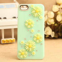 iPhone 5 Case iPhone 5 cover Daisies iPhone 5 case --5 Patterns for your choice
