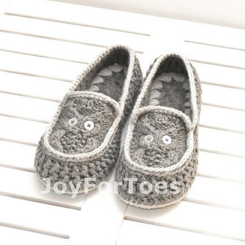 Crochet Slippers Owls Grey Custom made