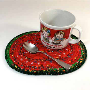 Clothesline Coiled Rope Trivet - Red Green Snack Mat - Handmade Fabric Placemat - Large Mug Rug - Mouse Pad - Candle Mat - Quilted  Rope