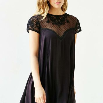 Kimchi Blue Lily Trapeze Dress - Urban Outfitters
