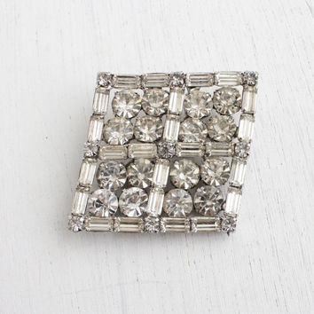 Large Vintage Clear Rhinestone Brooch - 1950s Silver Tone Clear Glass Statement Costume Jewelry Pin / Diamond Sparkle