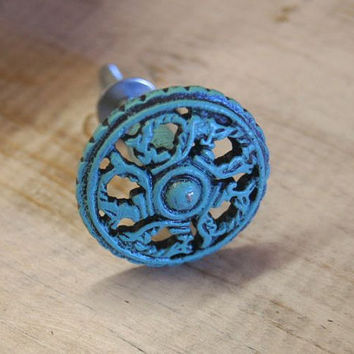 Turquoise Cabinet Hardware / Cabinet Knob / Home Decor / Shabby Chic / Vintage / Cottage Chic / Metal Hardware / Vintage Hardware