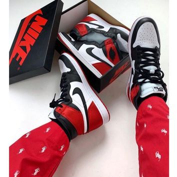 NIKE AIR JORDAN 1 High Retro Black Toe Basketball shoes