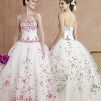 Ball Gown Sweetheart Floor Length Organza wedding dress for brides 2009 style(WDE0161) - $263.99 : Theweddingdresses.biz, The wedding dresses   inexpensive prom dresses   antique Bridal dresses   affordable wedding gowns