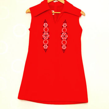 Sleeveless Vintage 60s Micro Mini Red Dress With White & Blue Floral Embroidery, Size S A-line Retro Dress