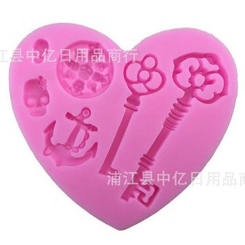 Retro Key Skull Shape Silicone Cake Mold,Dining Bar Baking Mould For Jelly Candy Cookie Chocolate, Fondant Cake Decorating Tools - Pink