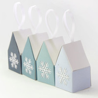 Little Snowflake Houses - Christmas Decoration Favor Boxes - Printable DIY Candy Boxes for your Xmas Tree - Pastel Blue Ombre