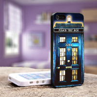 Tardis Doctor Who Sherlock Holmes - iPhone 4, 5, 5S 5C, Samsung Galaxy S3,S3 mini, S4, S4 mini and iPod 4, 5 Case