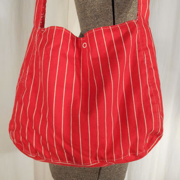 1960s Bag// Red Purse// Cloth Purse// Should Bag// Boho Purse// Bandanna Purse// 60s Market Bag// Cross Body// Red White Purse// Hippie Bag