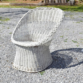 Vintage White Wicker Chair Tub Barrel Back Summer Porch Furniture Cottage Home Decor PanchosPorch