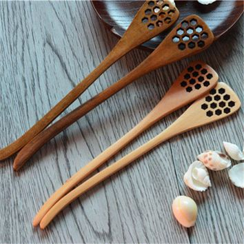 Hoomall Characteristics Creative Handmade Wooden Carving Stirring Spoons Honeycomb Carved Hollow Mixing Spoon Wood Products