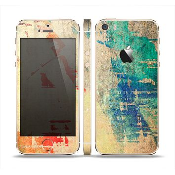 The Grunge Multicolor Textured Surface Skin Set for the Apple iPhone 5s