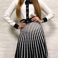 White Buttons 2-in-1 V-neck Long Sleeve Fashion Midi Dress