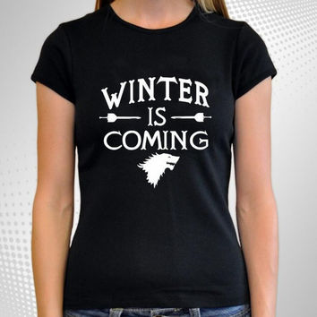 """Black """"WINTER IS COMING"""" Letter and Animal Print T-Shirt"""