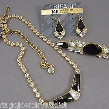 Vintage Trifari Black Glass Rhinestone Enamel  Necklace Brooch Earrings